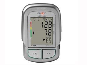 מד לחץ דם דיגיטלי מדבר עם צג ענק לבעלי לקות ראיה ושמיעה